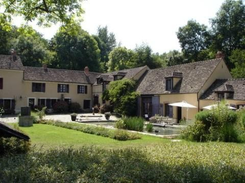 St-Arnoult-en-Yvelines : la maison d'Aragon et d'Elsa