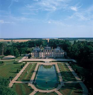 Breteuil : vue du château