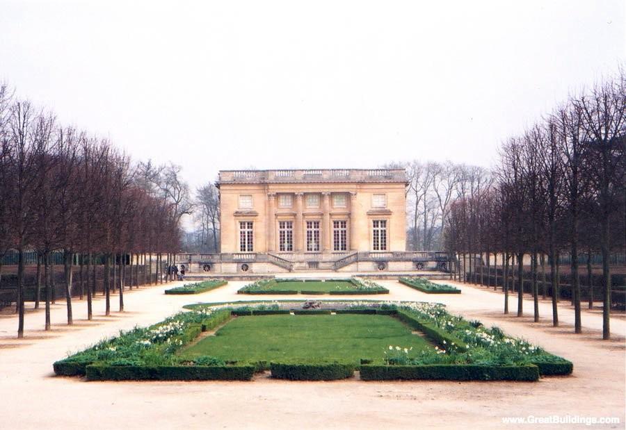 Versailles : le Petit Trianon et le jardin