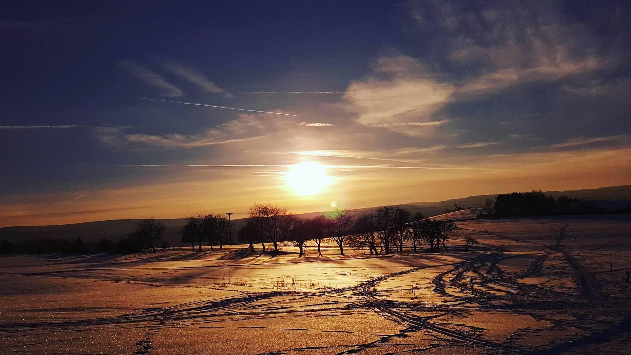 die Wiesen vor der Baude im Schnee