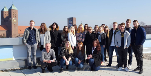 """Projektgruppe """"Bank der Zukunft"""" an der Berufsschule 4 Nürnberg"""