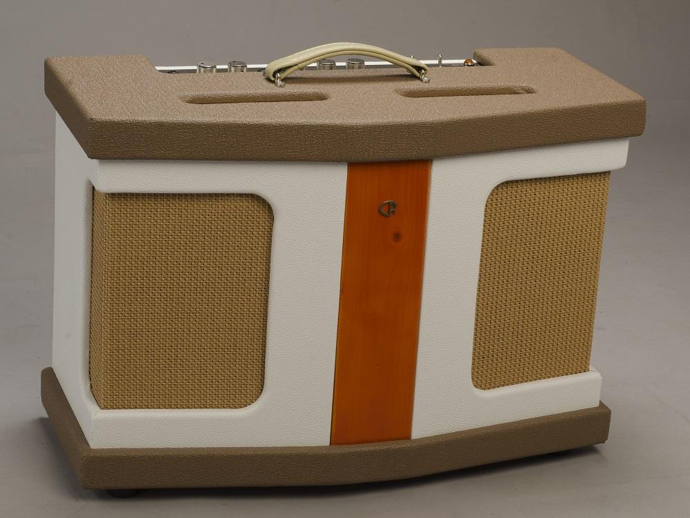 new handmade in holland cattleranch california 45 combo amplifier aklappe. Black Bedroom Furniture Sets. Home Design Ideas