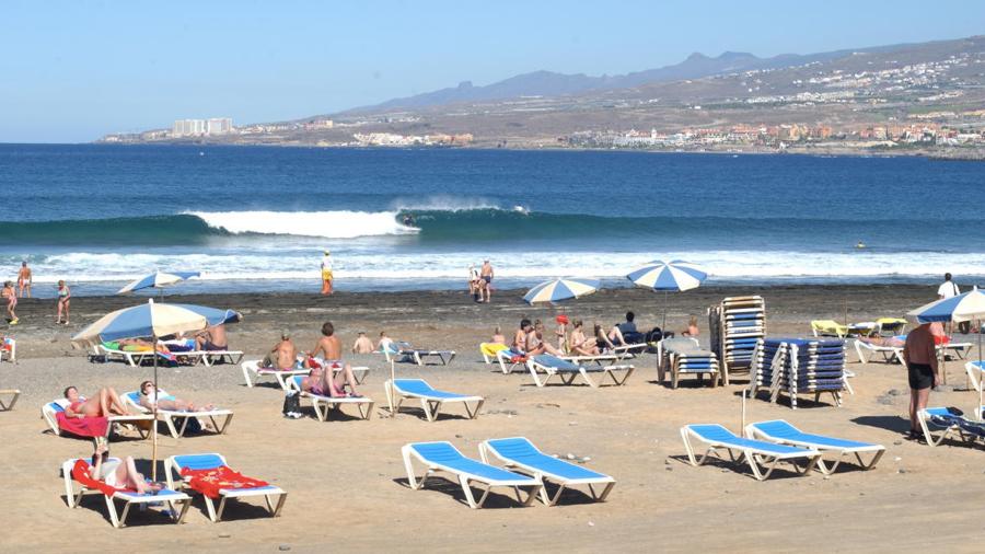 """Las Americas Tenerife """"La Izquierda"""""""