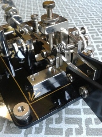 "DK4XL - Double Lever ""half frame"" particolare frame"
