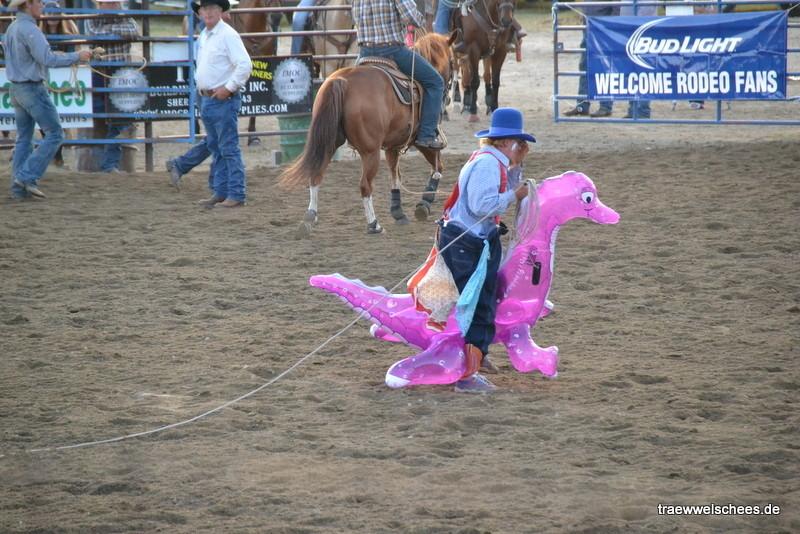 """Rodeo-Clown mit seinem """"Pferdchen"""""""