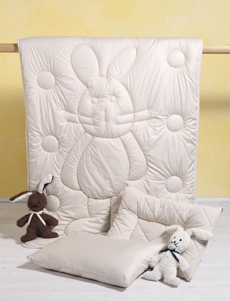 couette 4 saisons int rieur maison sur enperdresonlapin. Black Bedroom Furniture Sets. Home Design Ideas