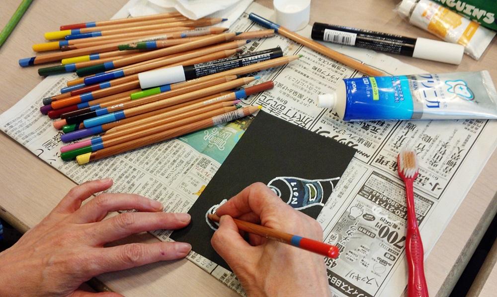 色鉛筆で彩色です