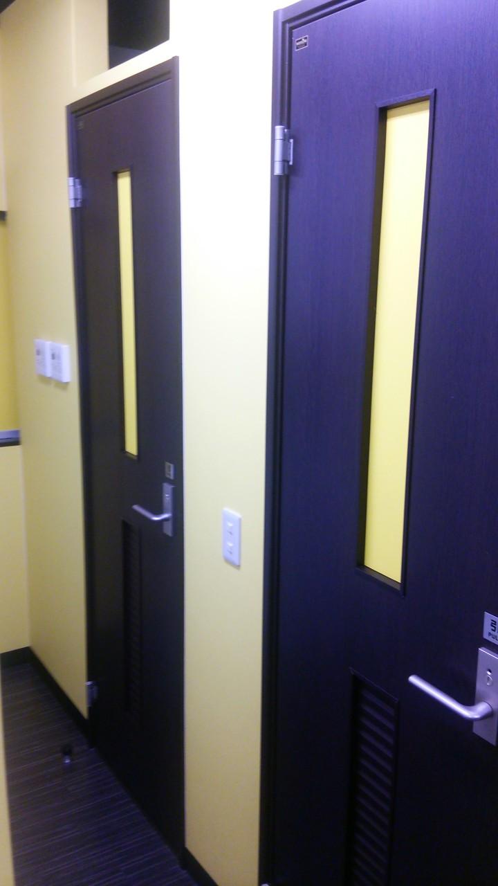 更衣室入口
