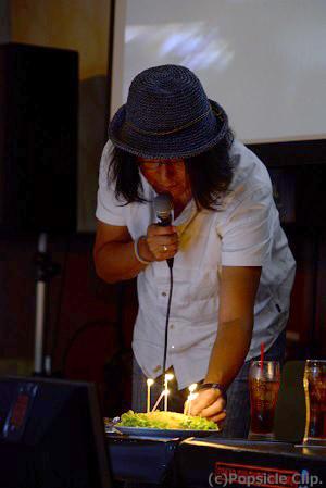 イベントでは、東京カルチャーカルチャーから石田氏に「アニバーサリー炒飯」がふるまわれた