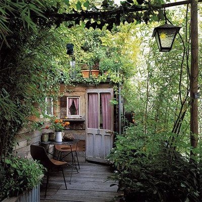 Terrasse aménagée © Hugues Peuvergne