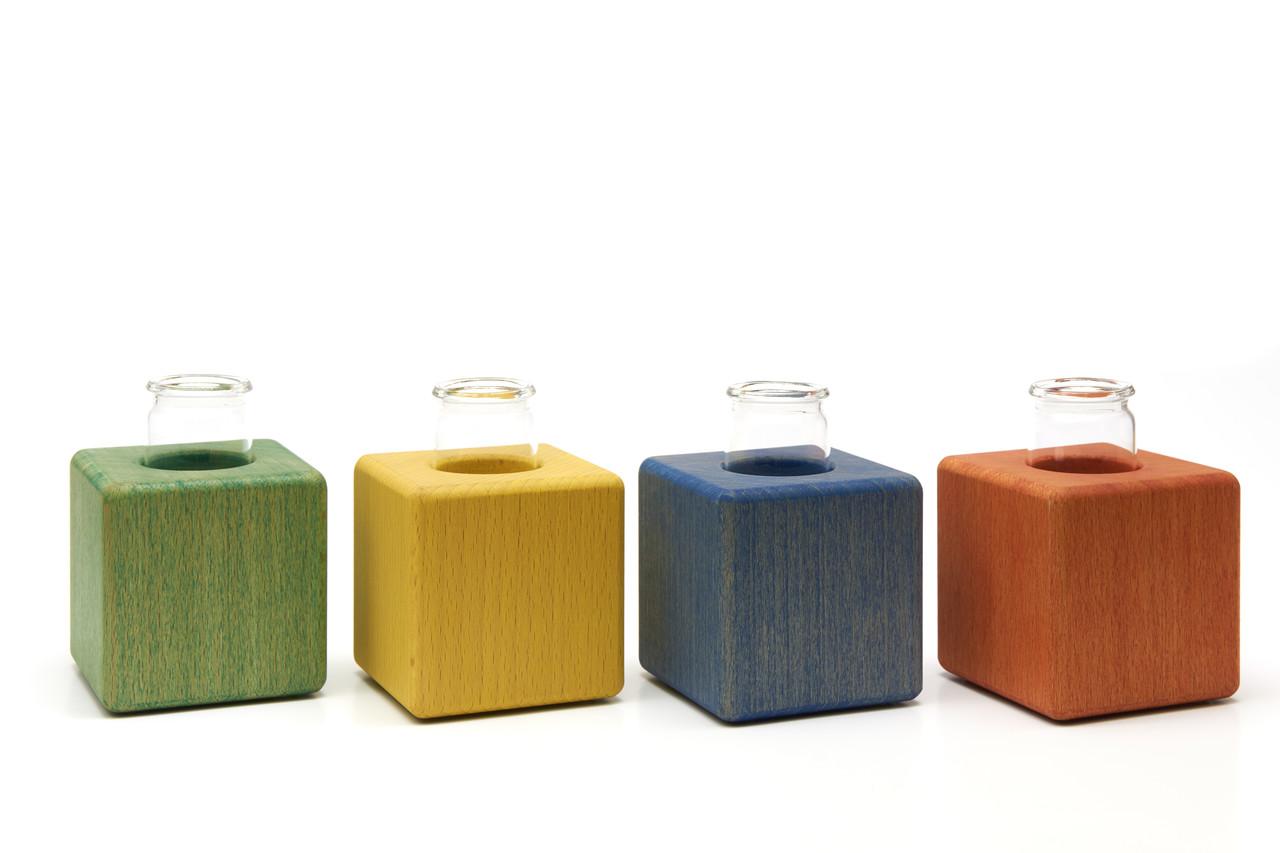 kleine vasen aus holz vase farbig deko. Black Bedroom Furniture Sets. Home Design Ideas