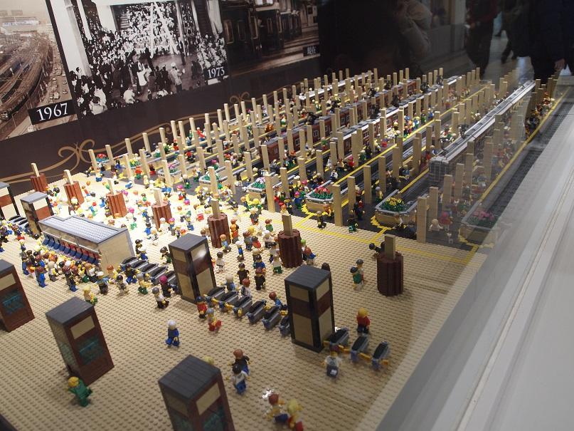 レゴの阪急梅田駅