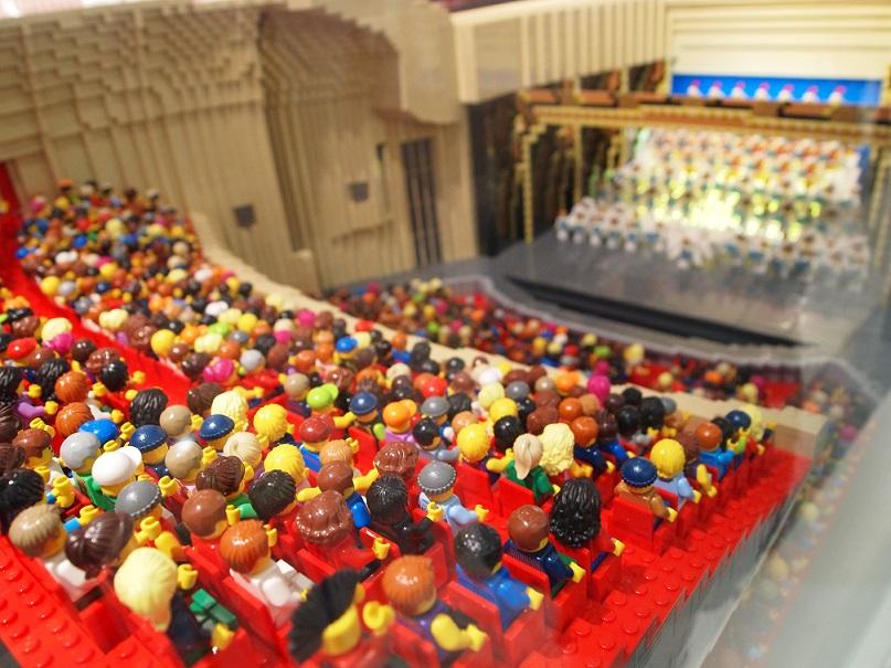 レゴの宝塚歌劇団