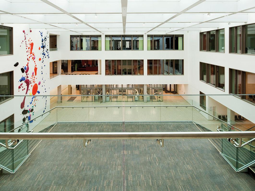 Bodenbelag für das Land-/ Amtsgericht in Düsseldorf