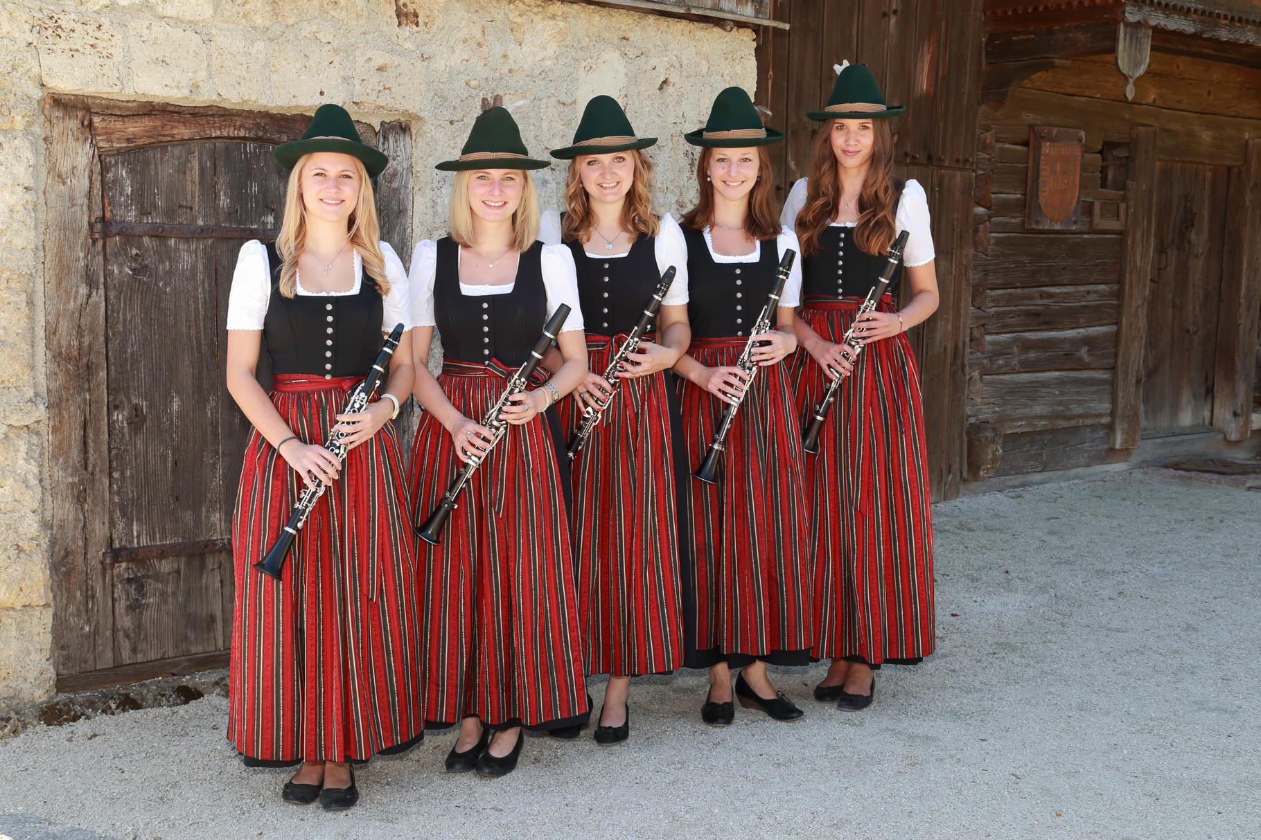 Melanie Asen, Katharina Kirsch, Sonja Dicker, Annemarie Altenbuchner, Lisa Grünbacher