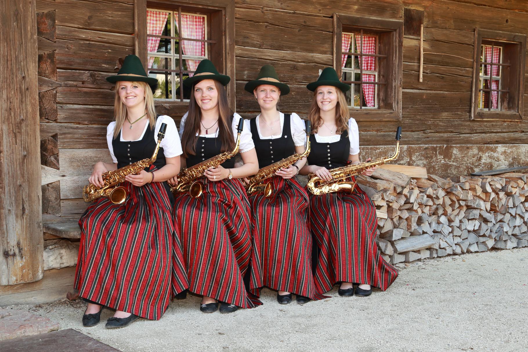 Ursula Enthammer, Julia Wittmeier, Gerlinde Maislinger, Daniela Altenbuchner