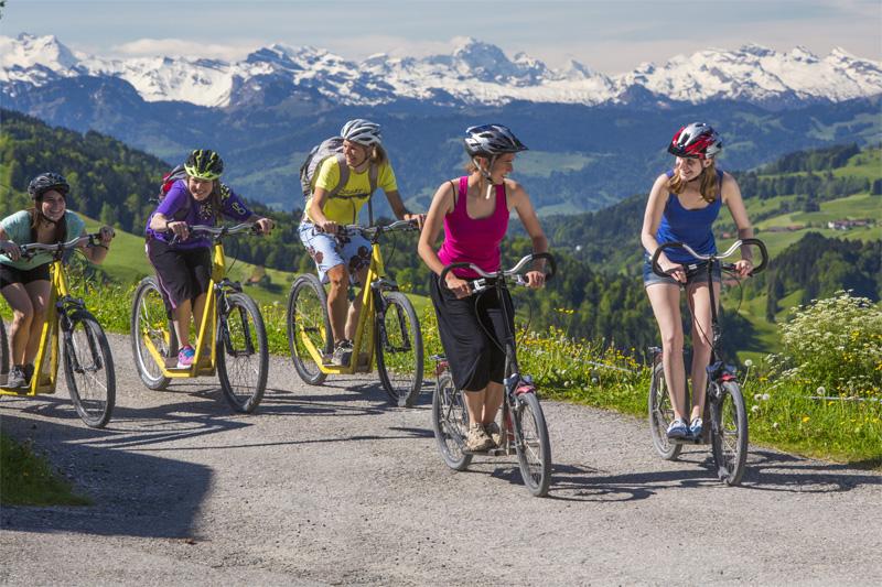 Trotinetts und Bikes mieten