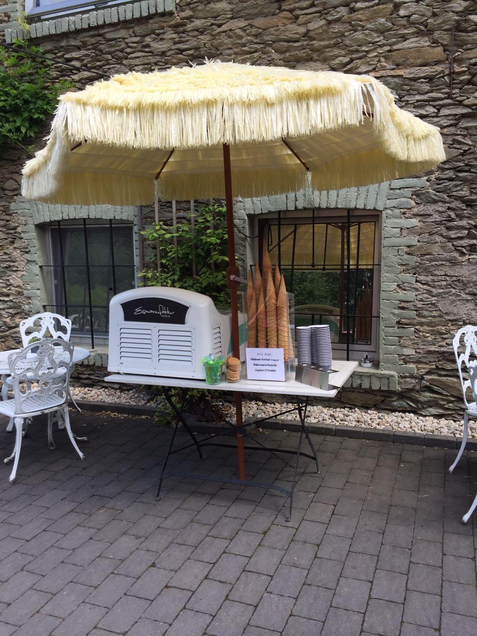 Eiscatering im Cafe Blütezeit in Niederbrechen