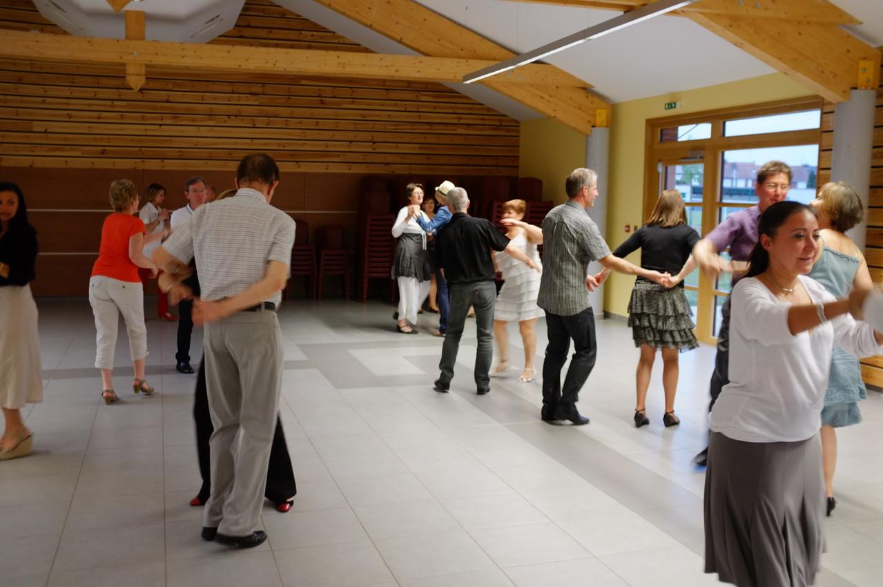 Apprenez danser dans le nord marquette en ostrevant for Danse de salon nord