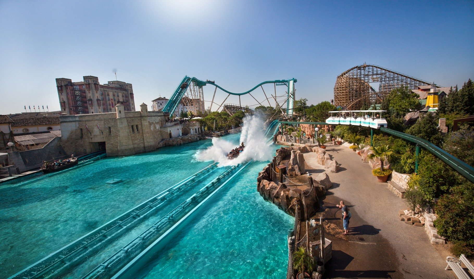 Atlantica Super Splash à l`Europa-Park, laisser couler l`eau
