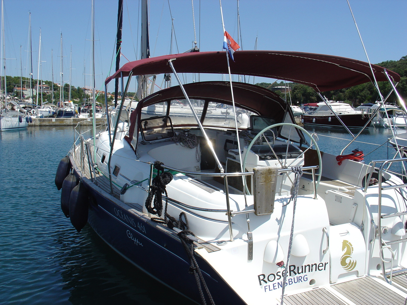 Layout: sailing yacht Beneteau OCEANIS 461
