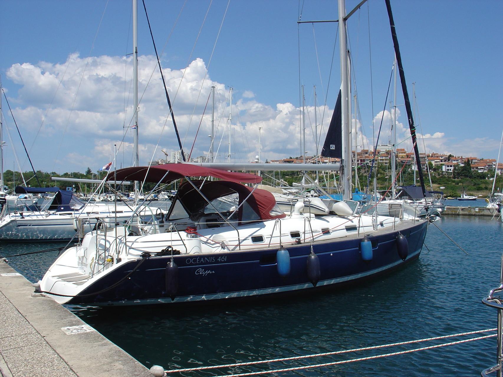 Sailing yacht: OCEANIS 461 (RoseRunner)