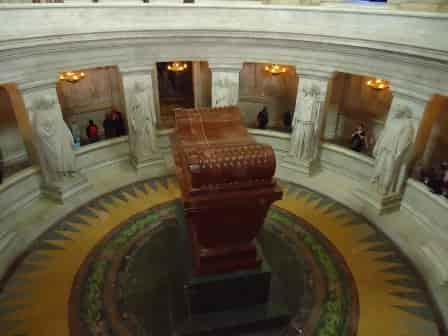 Где похоронен император Наполеон