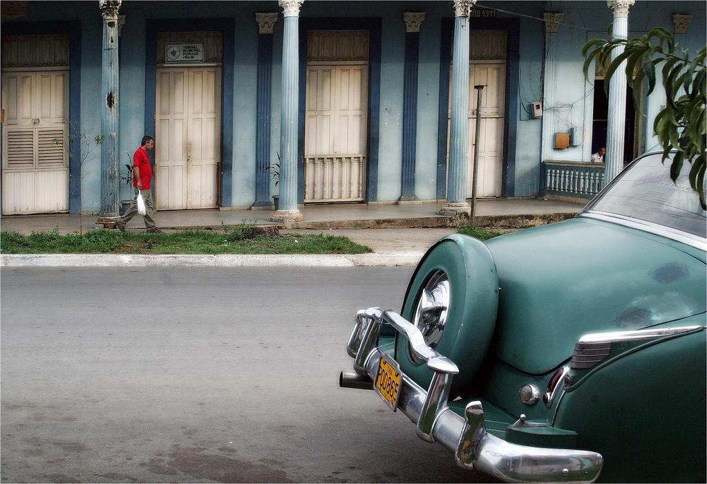 Roue de secour - Pires Dias José Manuel