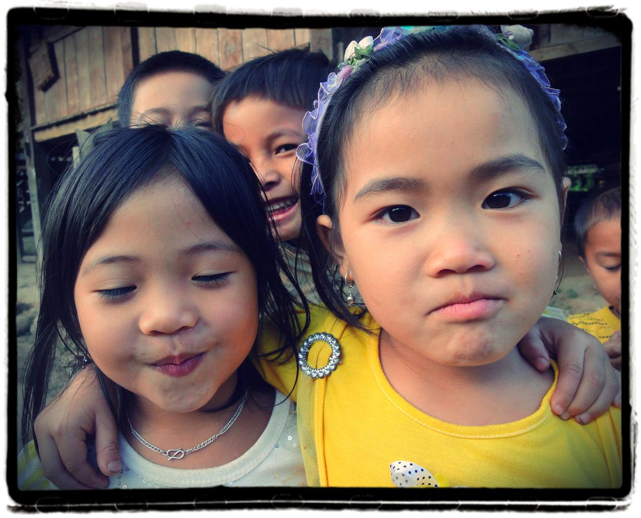 Sylvie Gérault-Enfants du Laos