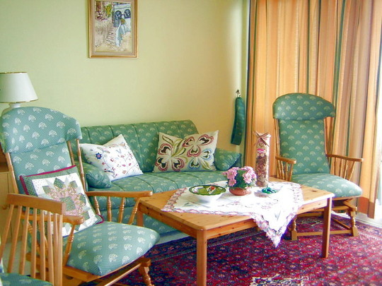 Wohnzimmer der Langzeitwohnung auf Teneriffa.