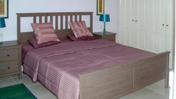 Schlafbereich mit Einbauschrank