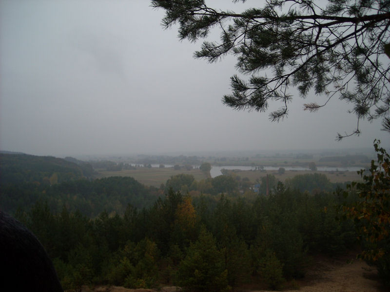 Aber hier, am höchsten Punkt der Region, war vom schönen Ausblick an diesem Tag fast garnichts zu sehen.