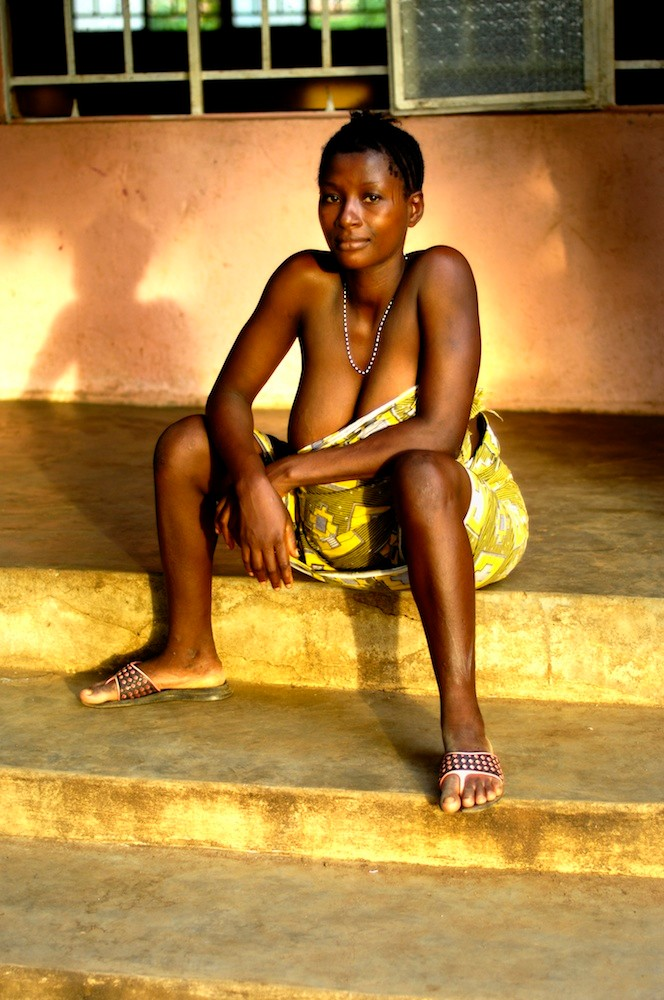 Survival of the youngest - UNICEF - Sierra-Leone © François Struzik - simply human 2007
