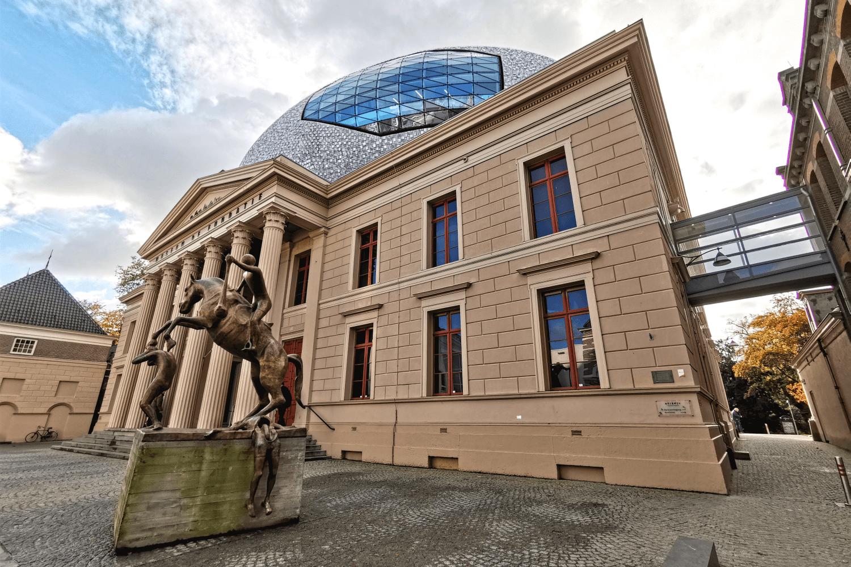 Museum de Fundatie - Zusammenspiel von Historie und Moderne