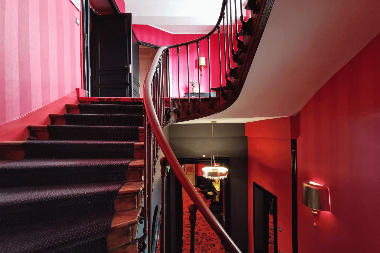 """Die Hoteltreppe mit """"Geschichte"""""""