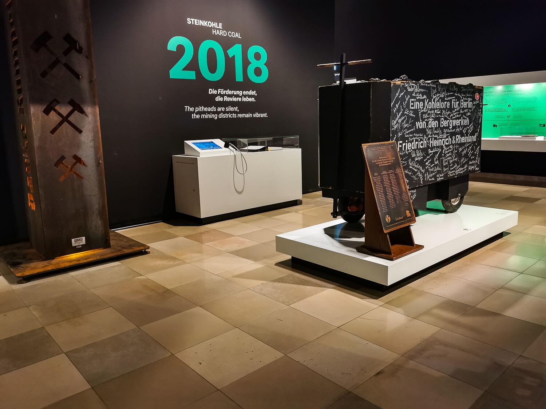 Die Ausstellungen erzählen die Geschichte...