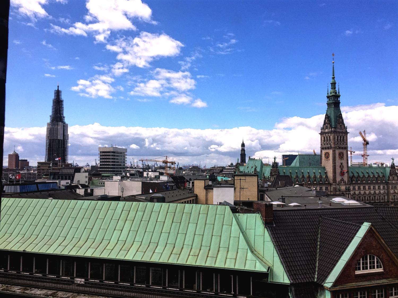 Ausblick über Hamburg von der Hauptkirche Str. Petri