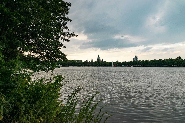 Maschsee mit Hannovers Skyline