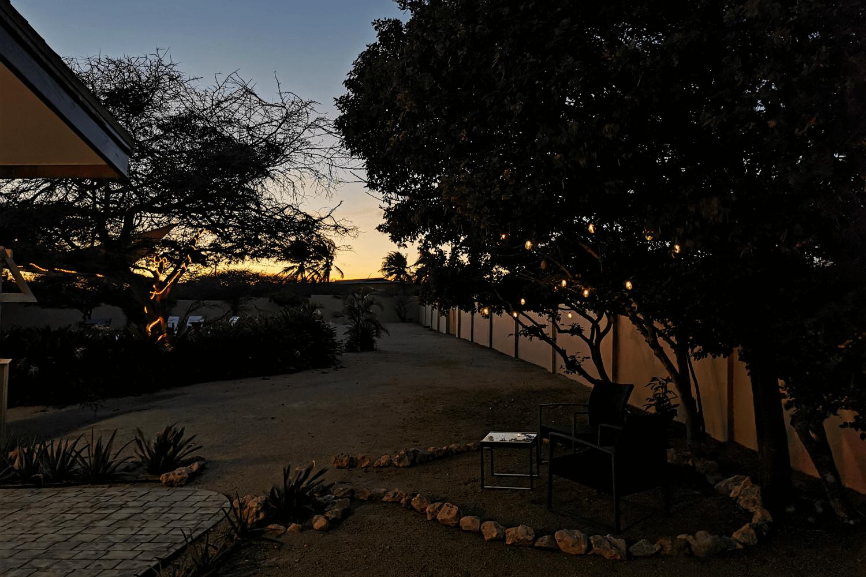 Sonnenuntergänge lassen sich von vorm Apartment aus genießen