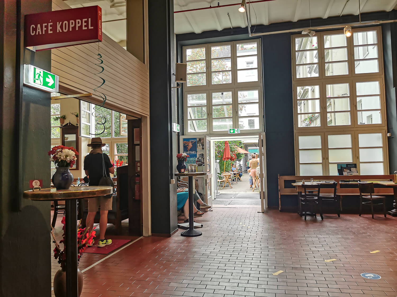 Das Café Koppel befindet sich im Erdgeschoss.