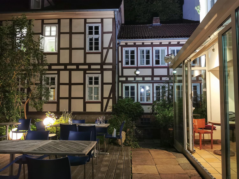 Terrasse des Apex [trinken + essen]