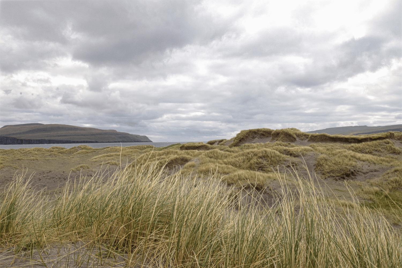Auf Sandoy befindet sich die einzige Düne der Färöer Inseln