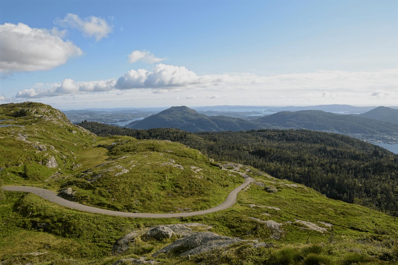 Bei der Wanderung auf dem Fløyen hat man mehr als genügend Panoramaausblicke