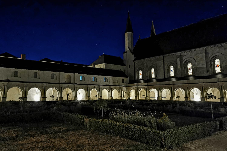 Spät Abends ist man fast ganz allein in den Gemäuern der Abtei unterwegs.