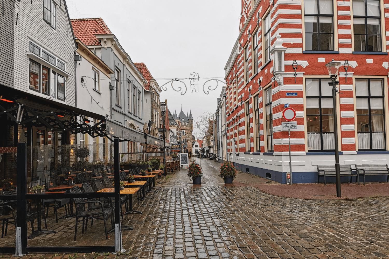 Blick vom Marktplatz Richtung Dijkpoort