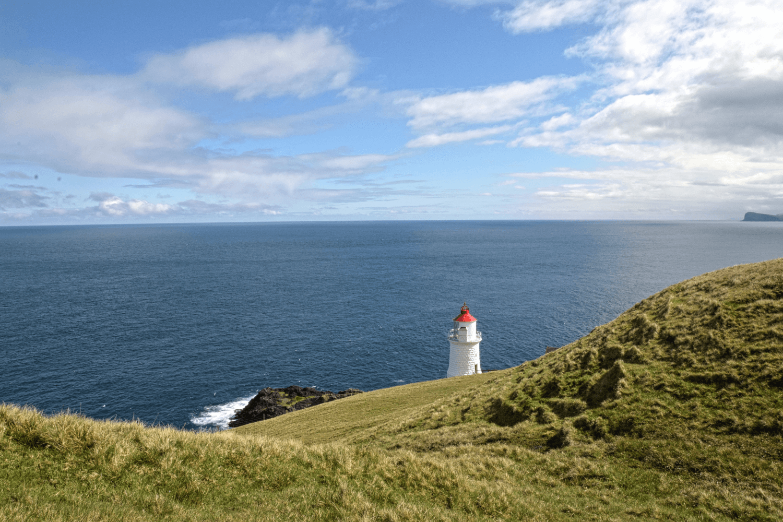 Wanderung zum Leuchtturm auf Nólsoy