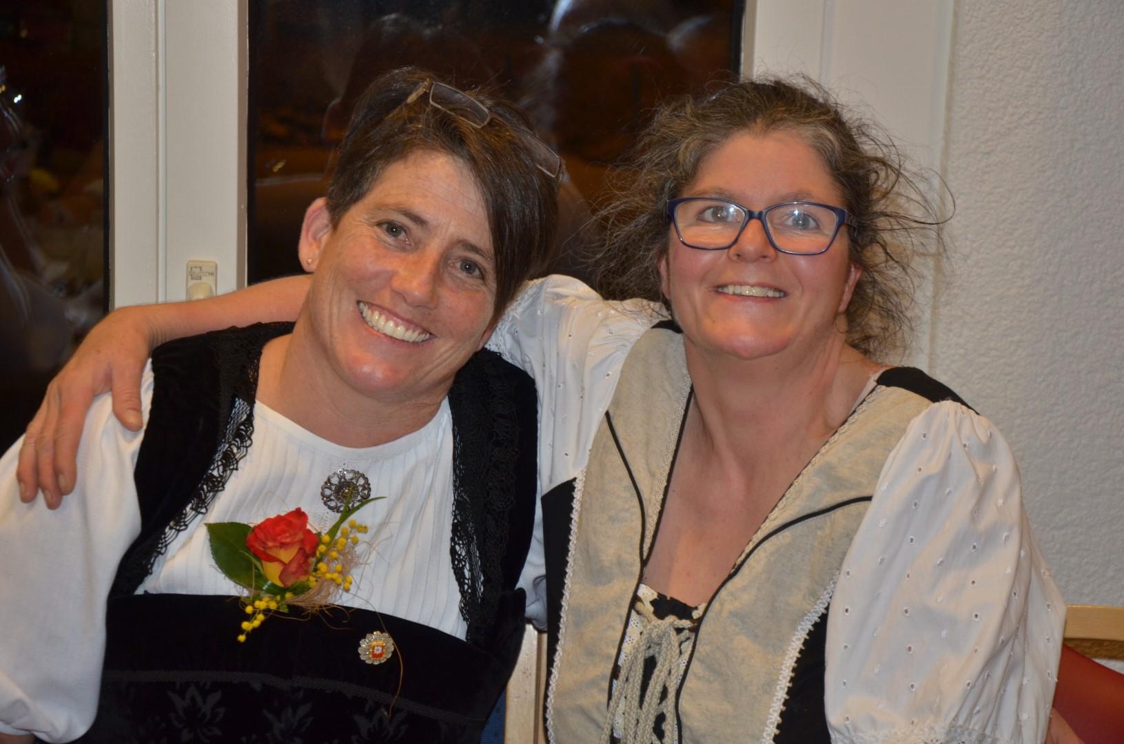 Regine und Sandra (die gute Seele der WAG-Küche)