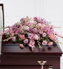 Ofrendas florales para difuntos