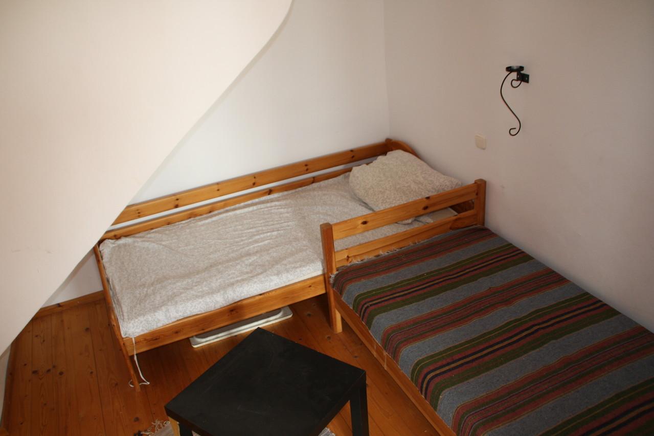 """Schlafzimmer 2 - """"Kinderzimmer"""" - mit zwei Einzelbetten"""