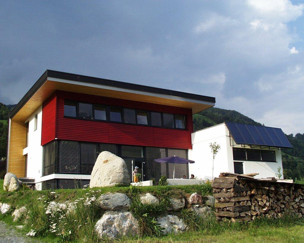 Niedrigeinergiehaus in Niedernsill  mit Solaranlage für eine Familie